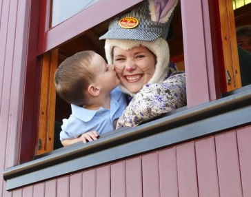 Hop to it! Ride The Easter Bunny Train