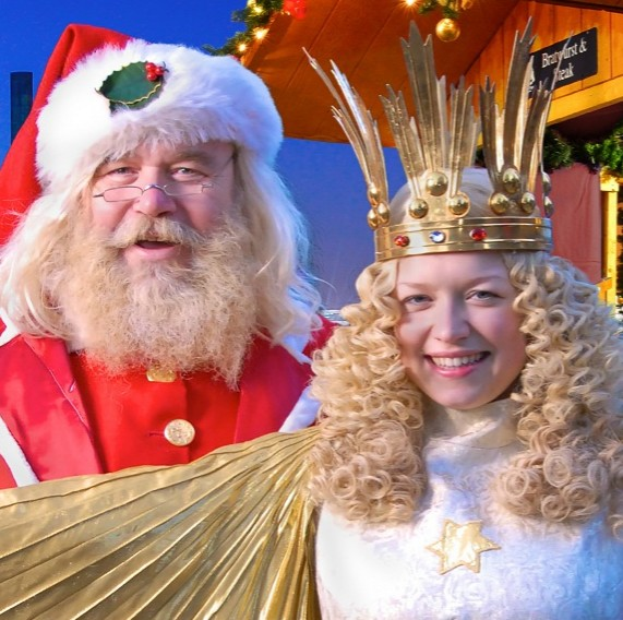 Christmas Village in Baltimore Preview Weekend and Inner Harbor Tree Lighting