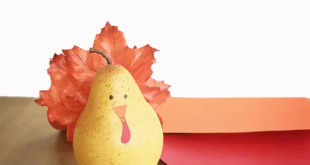 How to Make Pear Turkeys for Thanksgiving