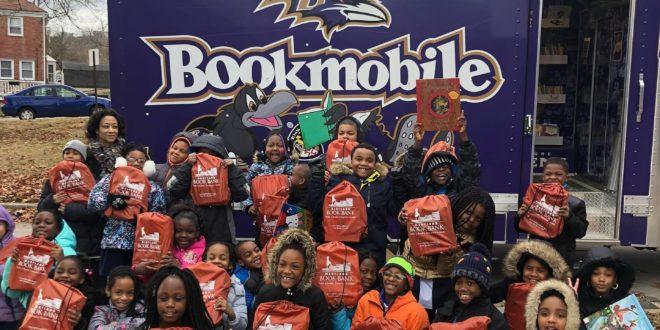 Ravens Bookmobile crowd shot